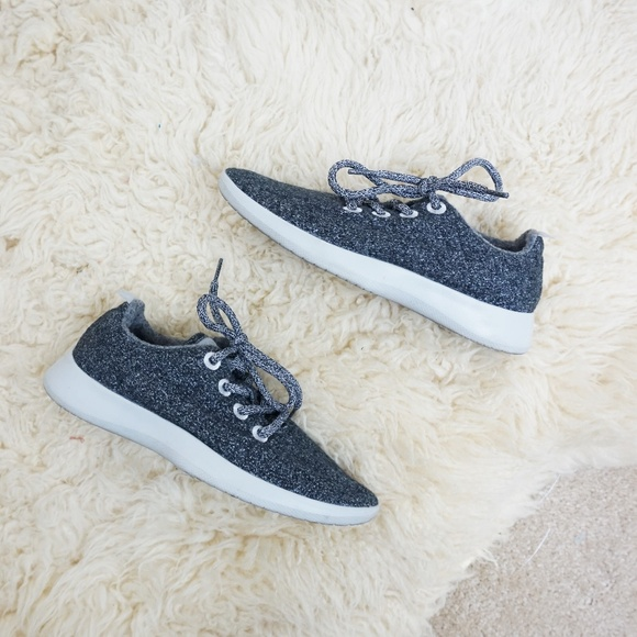 available new lifestyle autumn shoes All Birds Wool Runners Sneakers Dark Grey lace up